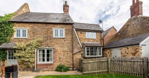 Northamptonshire Cottage exudes beauty with coloured Flush Sash Windows & New uPVC Door
